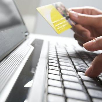 Помочь электронным платежом
